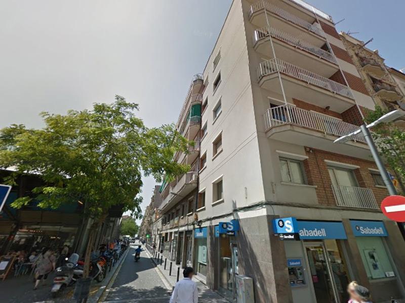 Departamento muy cerca de la playa, frente al Mercado de Barceloneta.