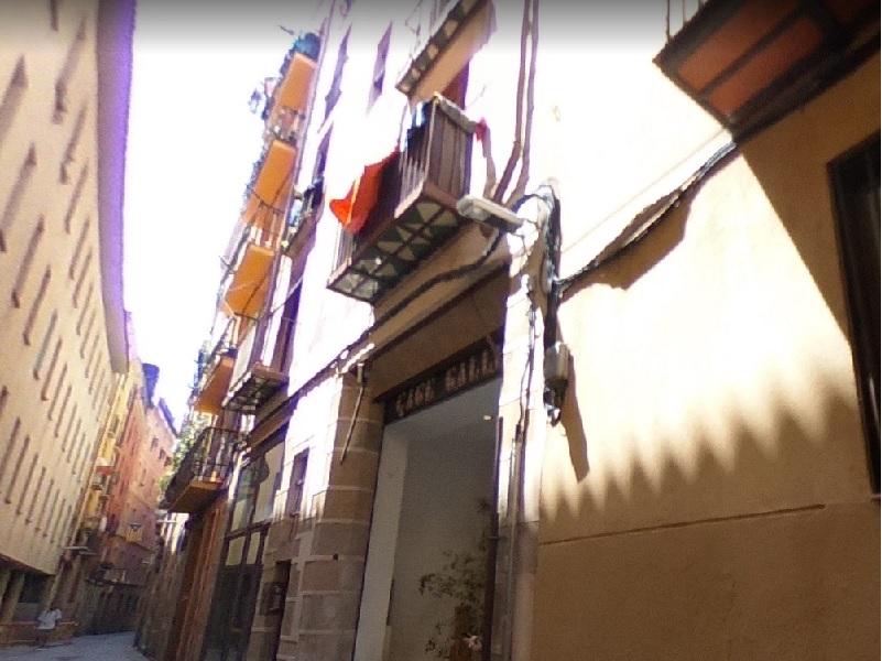 Departamento en el casco antiguo cerca del Arco del Triunfo.