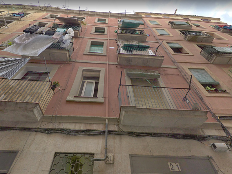 For renovation flat of 55.00 m2 in Ciutat Vella, Raval