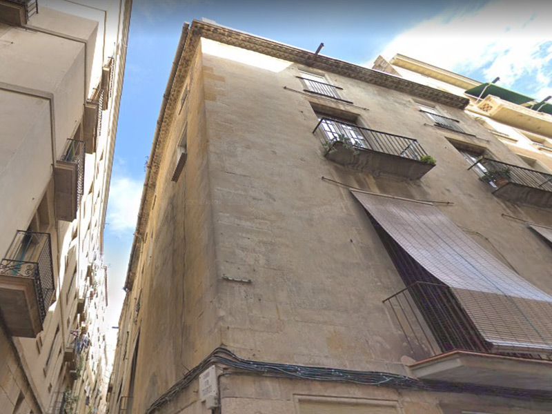 Restored flat of 35 m2 in Ciutat Vella, Borne
