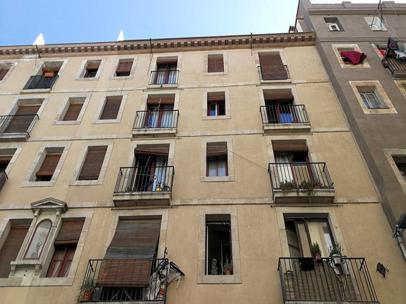 Luminoso departamento en el centro de Barcelona