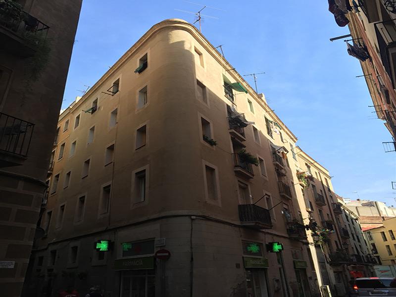 Departamento a una calle de Ronda Sant Pau.