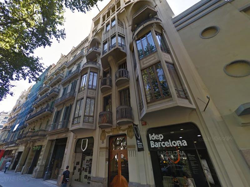 Elegante departamento cerca de Plaza España.