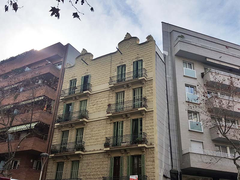 Restored flat of 75.00 m2 in L'Eixample, Sagrada Familia