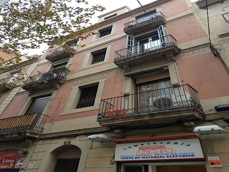 Restored flat of 50.00 m2 in L'Eixample, Sagrada Familia