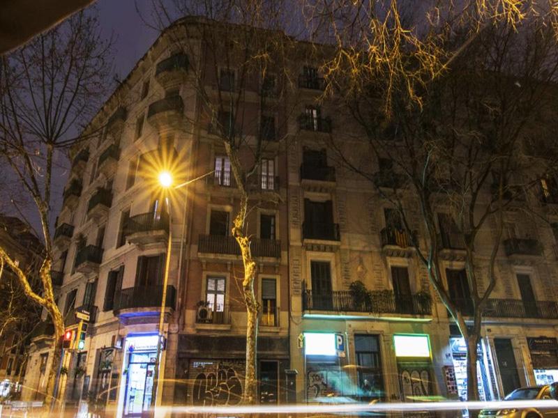 Precioso departamento cerca del Mercado de Sant Antoni.