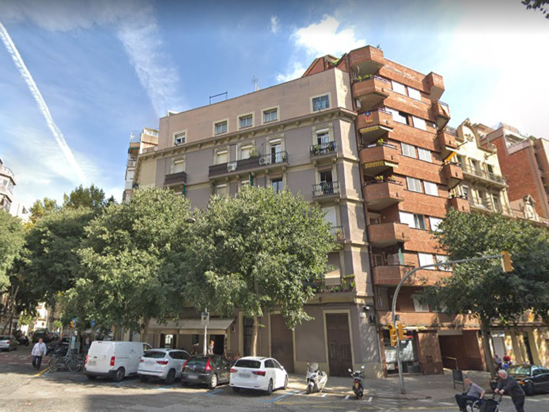 Original flat of 45 m2 in L'Eixample, Sagrada Familia