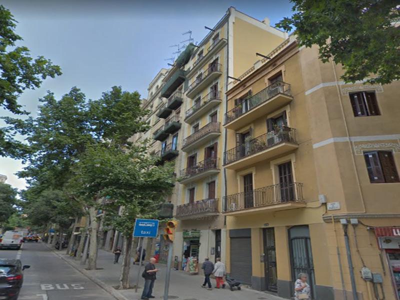 Departamento muy cerca de Avenida Gaudi.