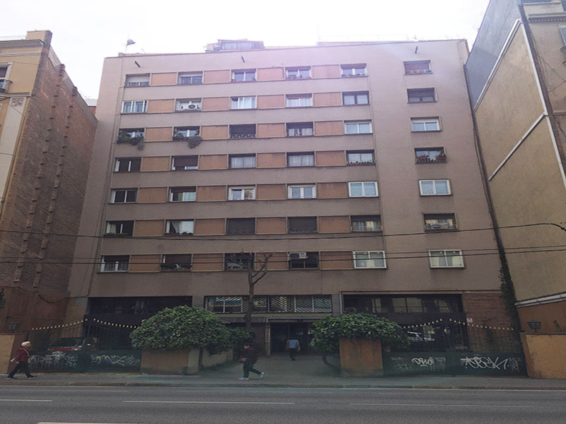 Original flat of 86 m2 in L'Eixample, Sagrada Familia