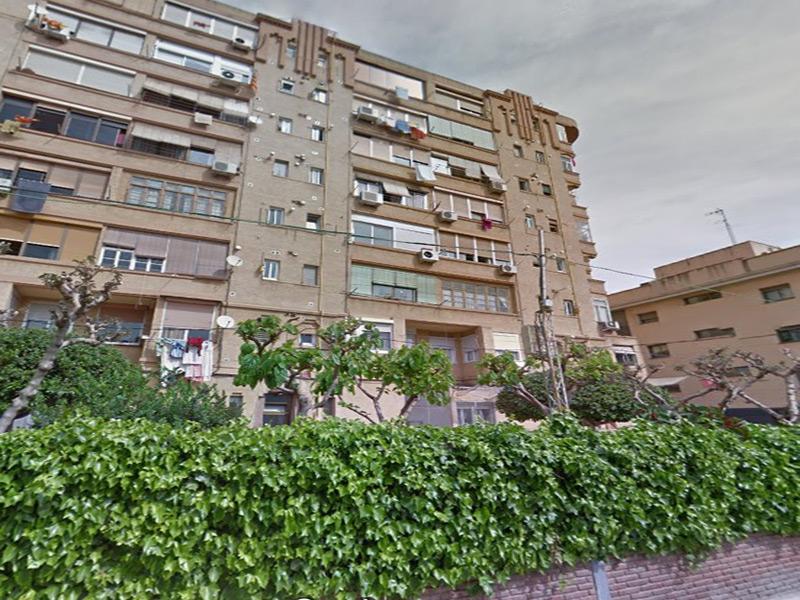 Departamento reformado cerca del Estadio del Barcelona Fútbol Club.