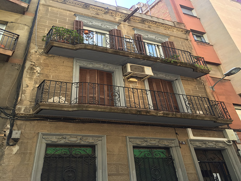 Departamento con terraza cerca del Estadio del Barcelona Fútbol Club.