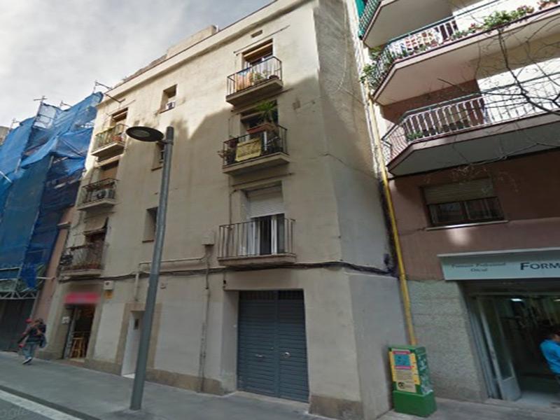 Departamento muy cerca de Estación de Sants y Plaza España.