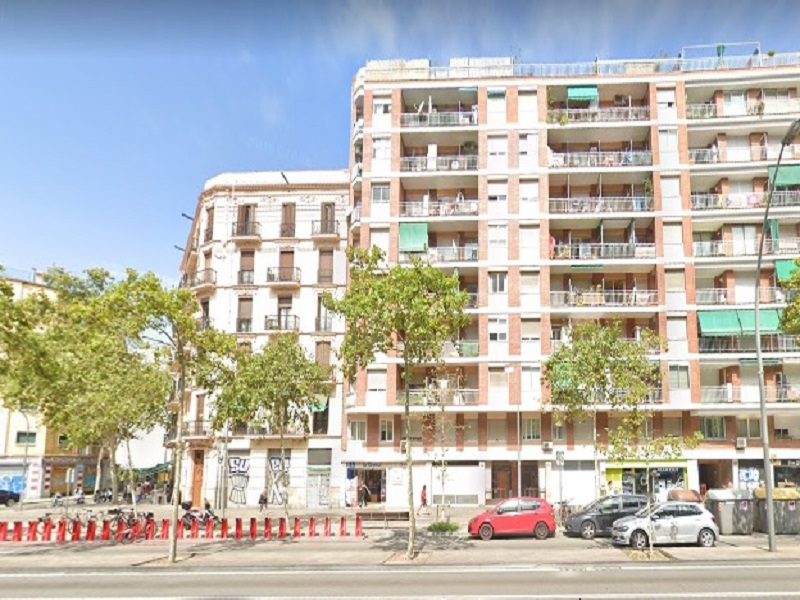Restored flat of 40 m2 in Sants-Montjuic, Hostafrancs