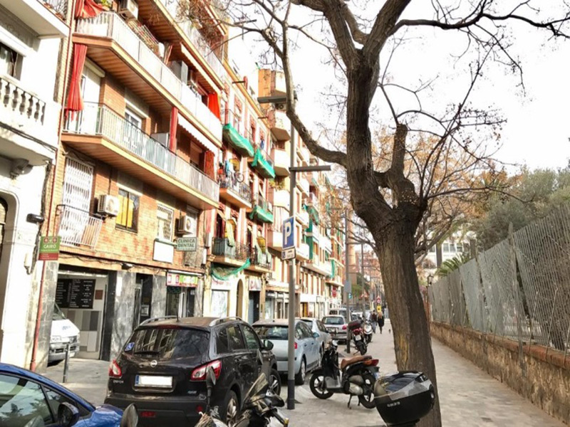 For renovation flat of 67.00 m2 in Sants-Montjuic, Sants-Badal