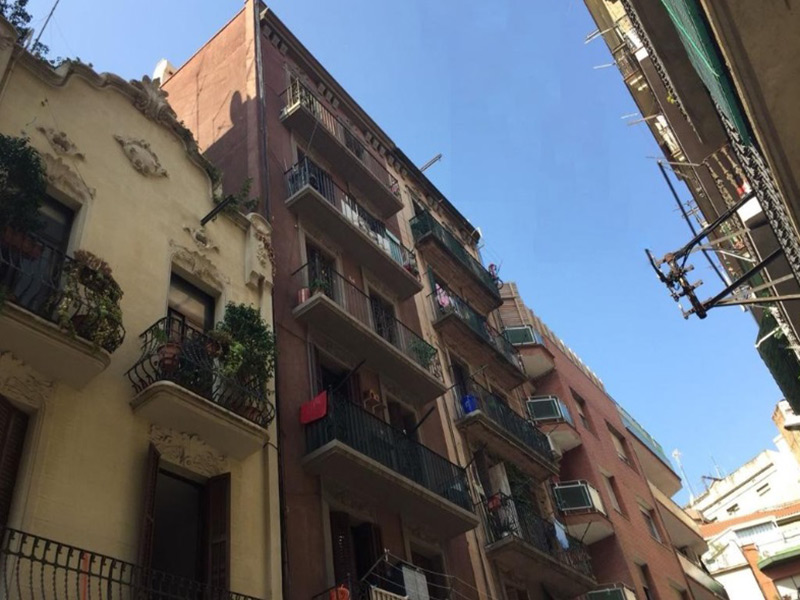 For renovation flat of 52.00 m2 in Sants-Montjuic, Poble Sec
