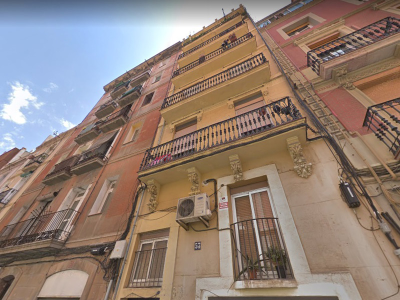 For renovation flat of 55.00 m2 in Sants-Montjuic, Poble Sec