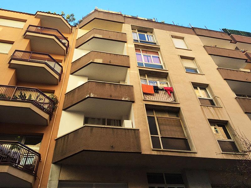 Ático con terraza cerca del Estadio del Fútbol Club Barcelona