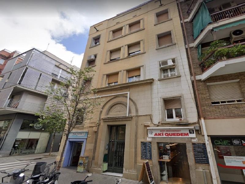Departamento reformado en la zona alta de Barcelona.
