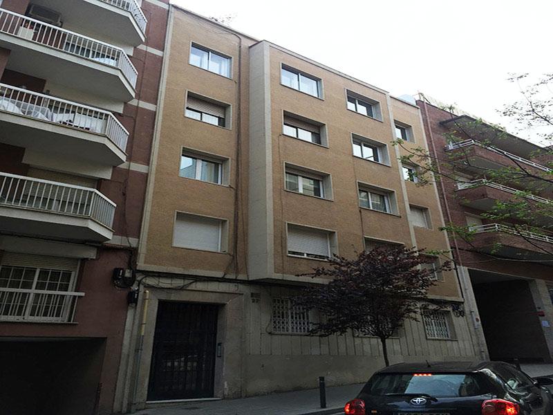 Departamento en zona alta de Barcelona cerca del Parque Turó.
