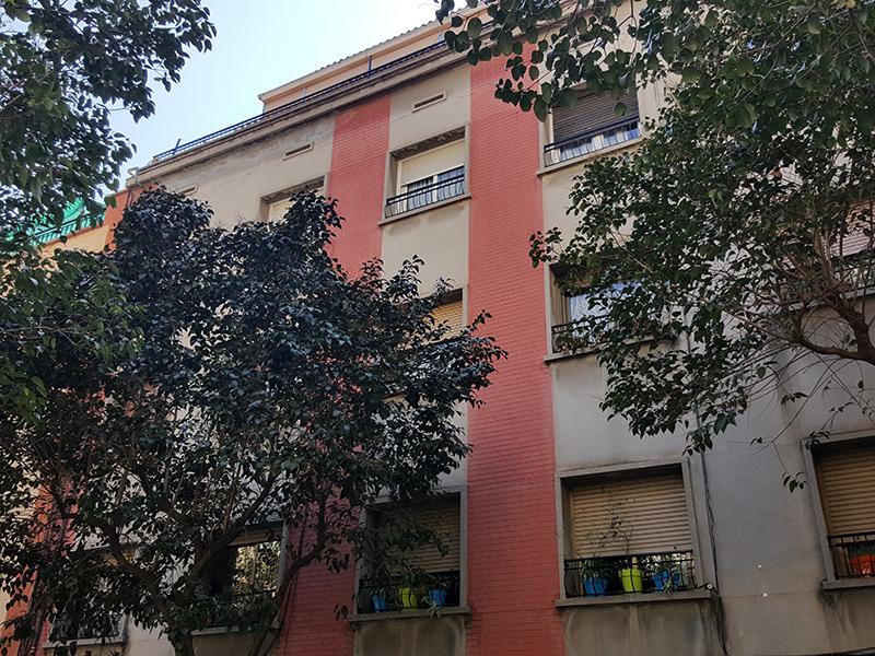 Departamento muy cerca de la calle comercial Nou Barris.
