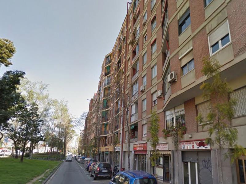 Departamento en una de las principales arterias de Barcelona.