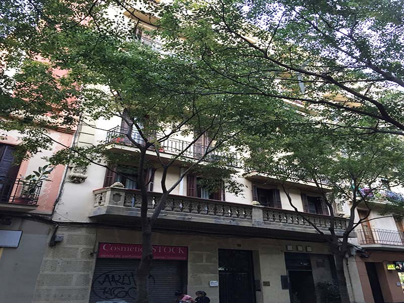Restored flat of 74.00 m2 in Sant Martí, Camp de l'Arpa del Clot